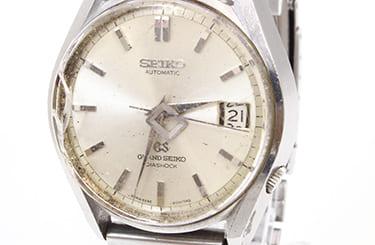 ガラス割れなどボロボロのグランドセイコー腕時計