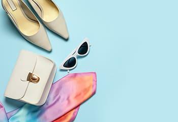 バッグや靴やサングラス