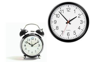掛け時計と置き時計