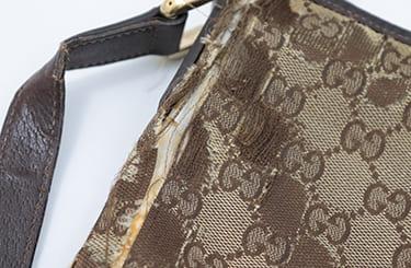 ボロボロのグッチバッグ
