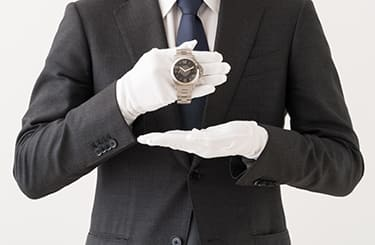 鑑定士と腕時計