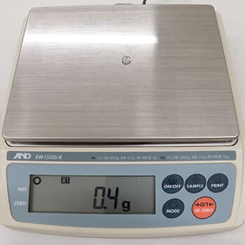 ダイヤ重量測ります