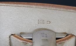 □D刻印のエールバッグ
