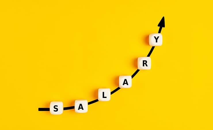 ブランド鑑定士の年収給与 年収上げる