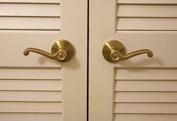 クローゼットのドア
